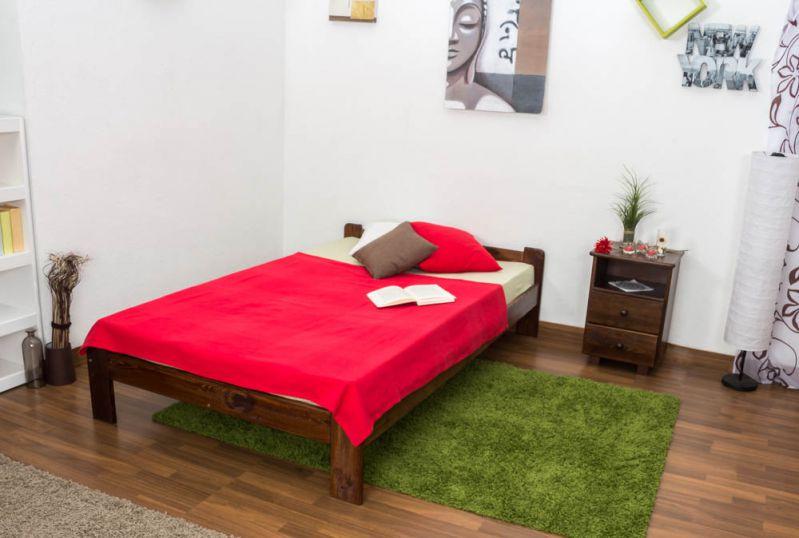 Eenpersoonsbed / logeerbed massief grenenhout kleur walnoten kleur A8, incl. lattenbodem - afmetingen: 120 x 200 cm