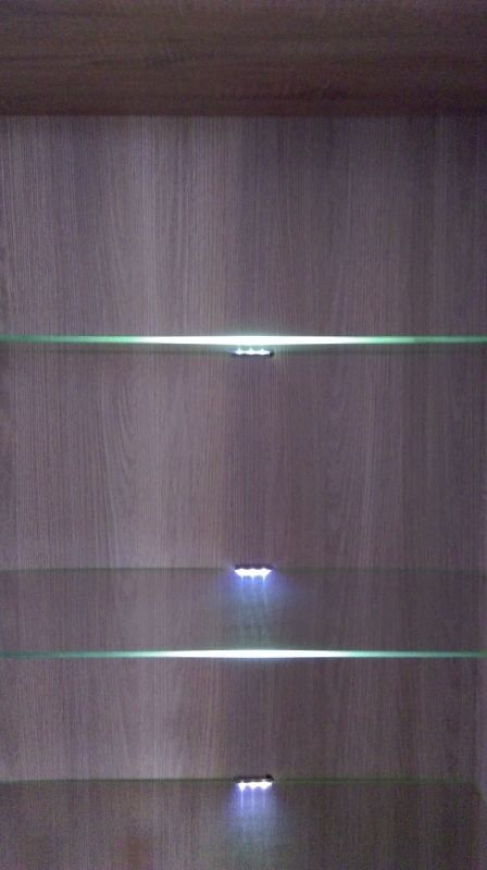 "LED-verlichting voor ""Kontich"" vitrines /vitrinekasten"